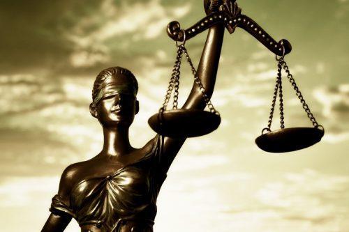 Estatua de la Justicia, simbología